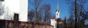 19_02_1_schloss_kirche